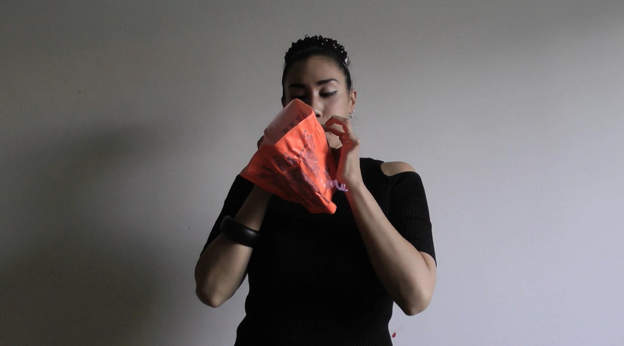Rahman Hak-Hagir, Alina Ferrufino - AID IN THE BOTTLE (2018)