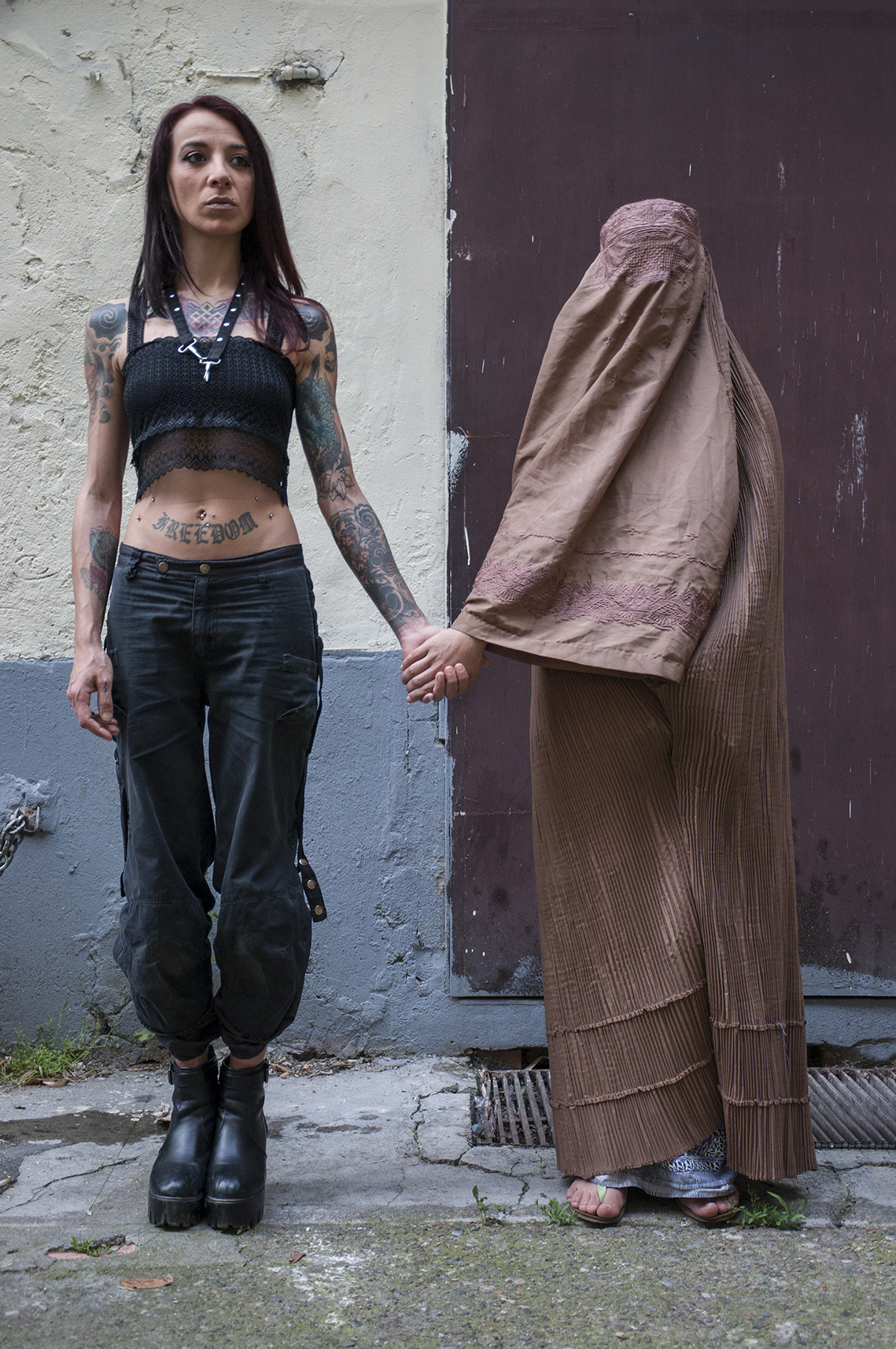 LESBIAN COUPLE II.